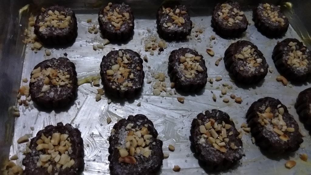 Pongery.comResep-Chocolate-Shortbread-CookiesOven-cookies-sampai-matang..